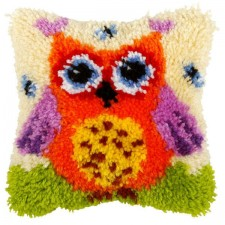 Latch hook cushion Small Owl