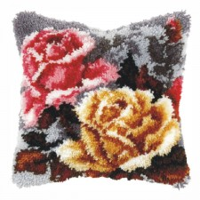 Latch hook cushion 2 Flowers