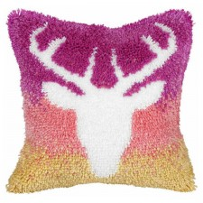 Latch hook cushion Deer