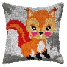 Latch hook cushion Fox