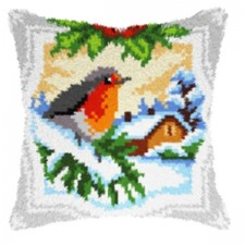 Latch hook cushion Bullfinch