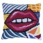 Cushion cross stitch kit Patchwork Kiss - Needleart World