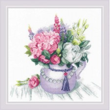 Cross stitch kit Floral Charm - RIOLIS