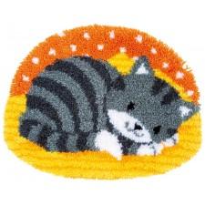 Latch hook shaped rug kit Little cat