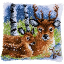 Latch hook cushion kit Deer in the snow