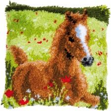 Latch hook cushion kit Frisky foal