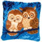 Latch hook cushion kit Cuddling owls