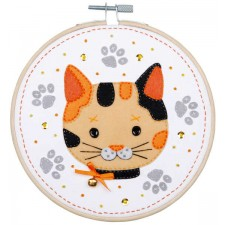 Craft kit with felt Kitten