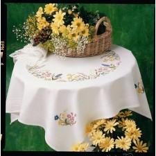 Fleur de Lis: Lenteslinger - Spring Garland Tablecloth