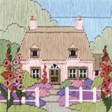 Huis tussen Stokrozen - Hollyhock Cottage