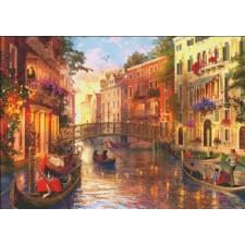 Mini Sunset In Venice