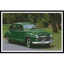 Old Green Car - #10992