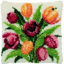 Knoopkussen gele en roze tulpen