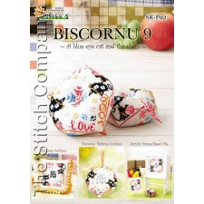 Biscornu 9