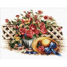 Voorbedrukt borduurpakket Roses & Sunhat
