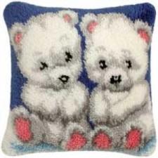 Knoopkussen twee witte beertjes