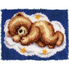 Latch hook rug kit Sleeping bear