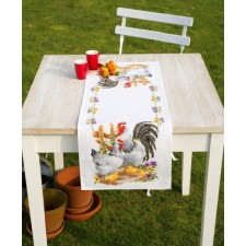 Aida table runner kit Chicken family