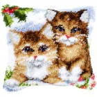 Latch hook cushion kit Snow cats