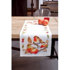 Aida table runner kit Robin redbreast with apples