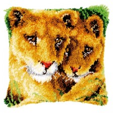 Latch hook cushion kit Lioness and cub