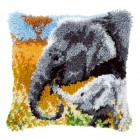 Latch hook cushion kit Elephant baby & his mother