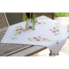 Tablecloth kit Little bird and pansies