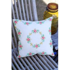 (OP=OP) Counted cross stitch cushion kit Garland & roses
