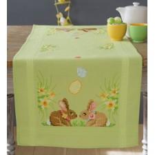 Table runner kit Easter bunnies