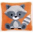 Latch hook cushion kit Raccoon
