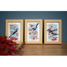 Miniature kit Long-tailed tits & red berries set 3