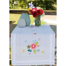 Table runner kit Spring flowers & butterflies