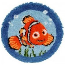 Latch hook shaped rug kit Disney Nemo
