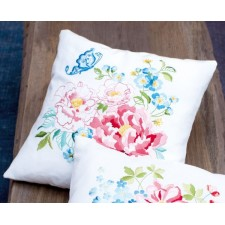 Embroidery cushion kit Flower bouquet I