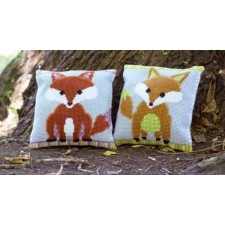 Cross stitch cushion kit Fox - brown/green